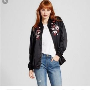 Black Satin Floral Embroidered Jacket Small 379